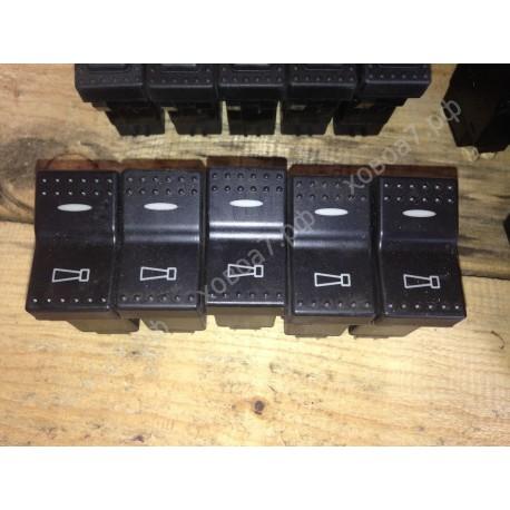 Клавиша панели приборов (выключатель клаксона) HOWO A7