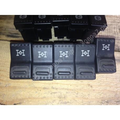 Клавиша панели приборов (выключатель межосевого дифференциала) HOWO A7