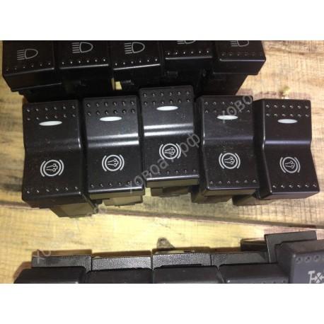 Клавиша панели приборов (выключатель горного тормоза) HOWO A7