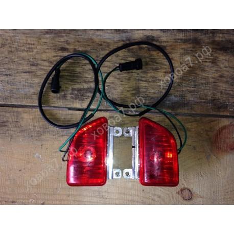 Фонарь кабины задний верхний красный правый HOWO A7